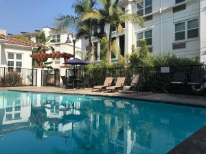 heated pool Parkview Living LA in Los Angeles CA
